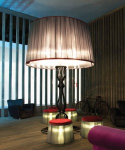 floor-lighting-italamp-victor-victoria-floor-lamp-1