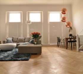 Earls Court Ballroom - Open plan living room and dining room with double height ceiling