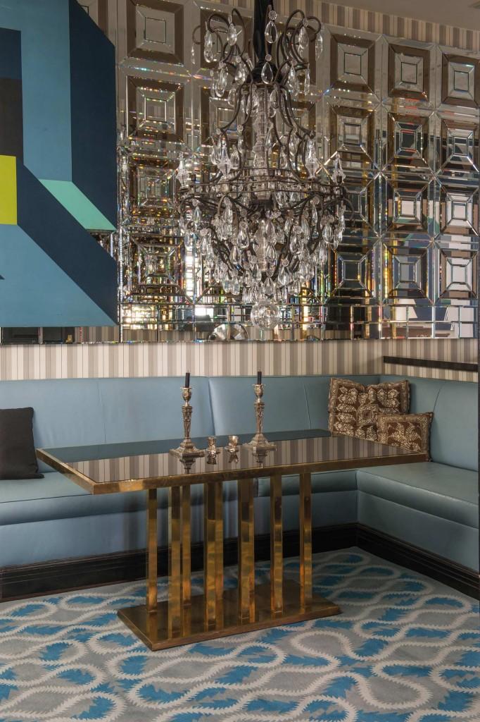 vivienne-westwood-squiggle-blue-roomset_large_1