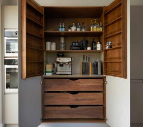 Hampstead Interior Design - Kitchen Pantry